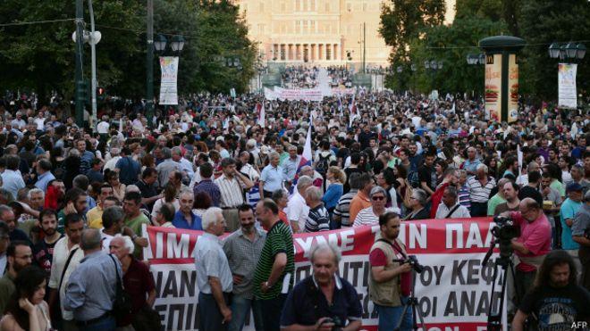 یونان: از منطقه اقتصادی یورو خارج نمیشویم