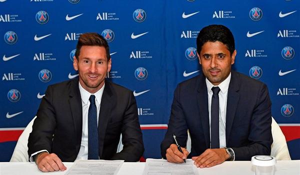 لئونل مسی ستاره باشگاه بارسلونا رسماً به پاریسنجرمن پیوست