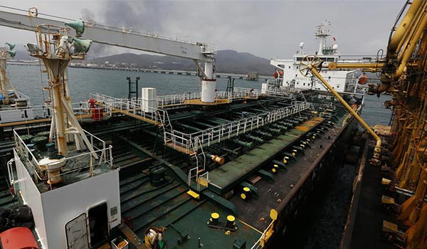 بارگیری دو میلیون بشکه نفت سنگین کشور ایران از ونزویلا